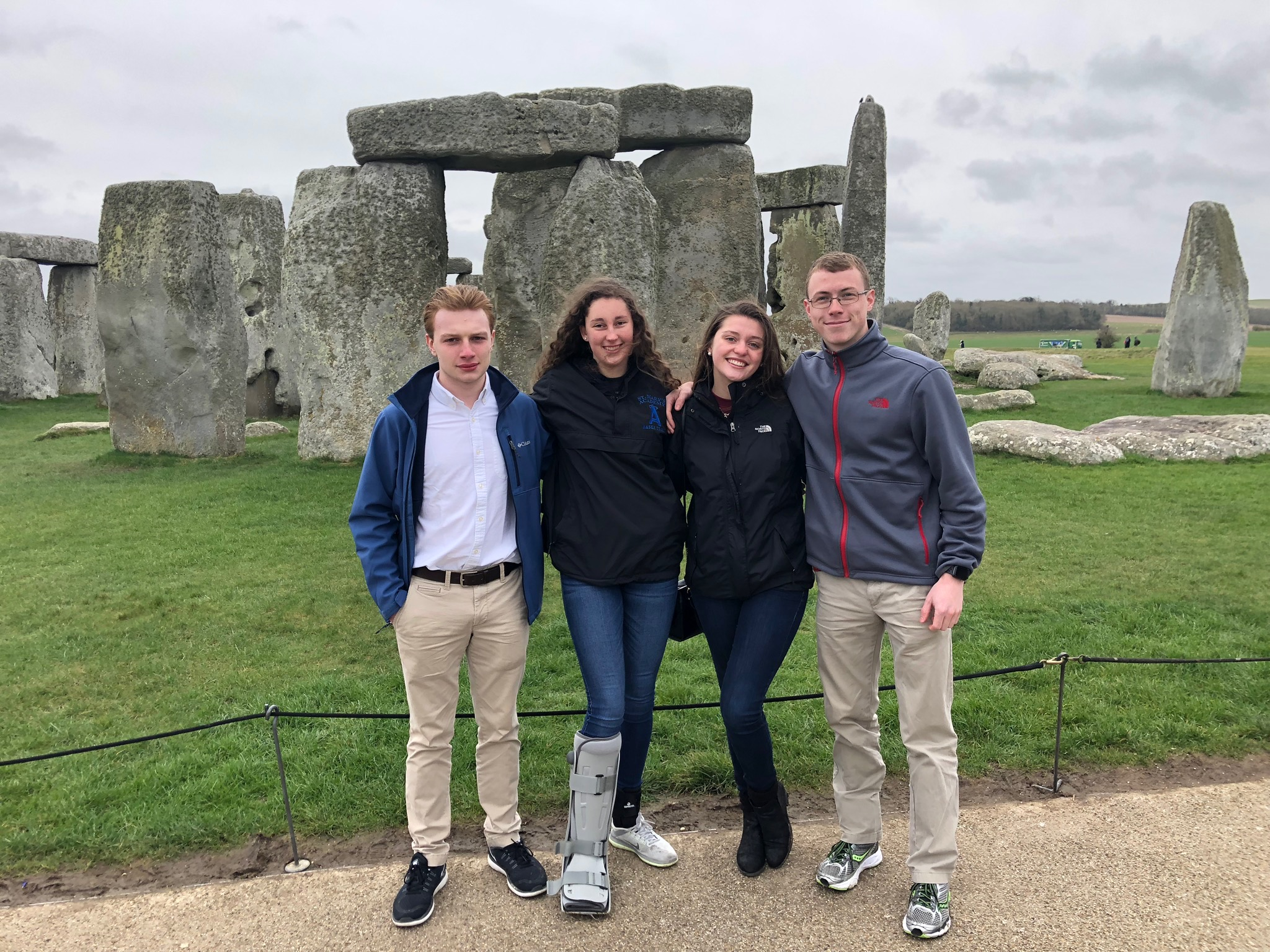students travel to england